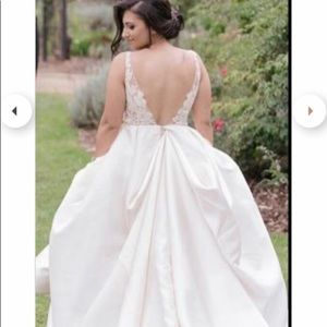 Lazaro 3658 wedding dress